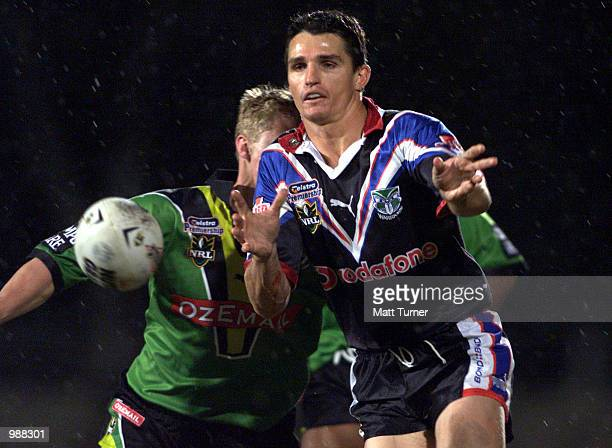 Ivan Cleary of the Warriors in action during the NRL Round 14 match between the Canberra Raiders and the New Zealand Warriors held at the Manuka Oval...