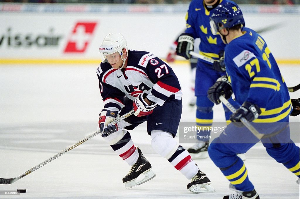 Marc Parrish of USA drives the puck during the IIHF World Ice Hockey Championship Third place play-off match between Sweden and the USA played at the Preussag Arena in Hannover, Germany. \ Mandatory Credit: Stuart Franklin /Allsport