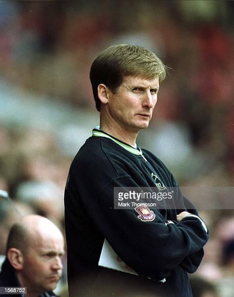 West Ham caretaker manager Glen Roeder during the Middlesbrough v West Ham United FA Carling Premiership match at the Riverside Stadium Middlesbrough...