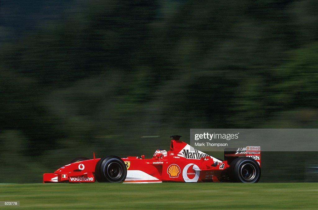 Ferrari driver Rubens Barrichello of Brazil : News Photo