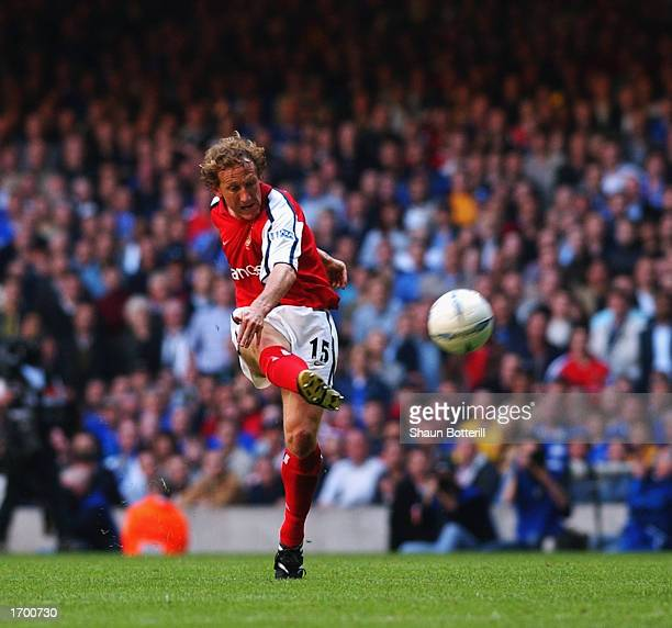 Ray Parlour of Arsenal scores the opening goal of the match with a superb long range effort during the AXA sponsored FA Cup Final between Arsenal and...