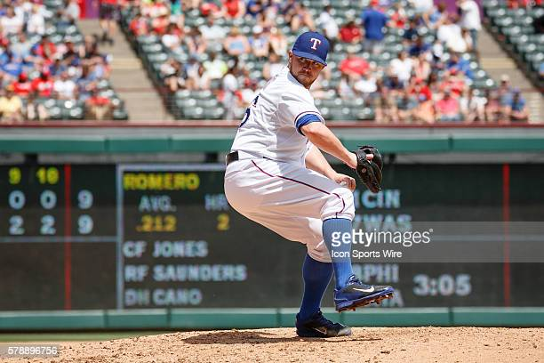 Texas Rangers Pitcher Robbie Ross Jr [7448] comes in relief during the MLB game between the Seattle Mariners and Texas Rangers played at Globe Life...