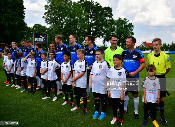 Soccer German regional league north 1 FC Herzogenaurach vs SpVgg HuettenbachSimmelsdorf at the RudolfDasslerSportsField Lothar Matthaeus prior to the...