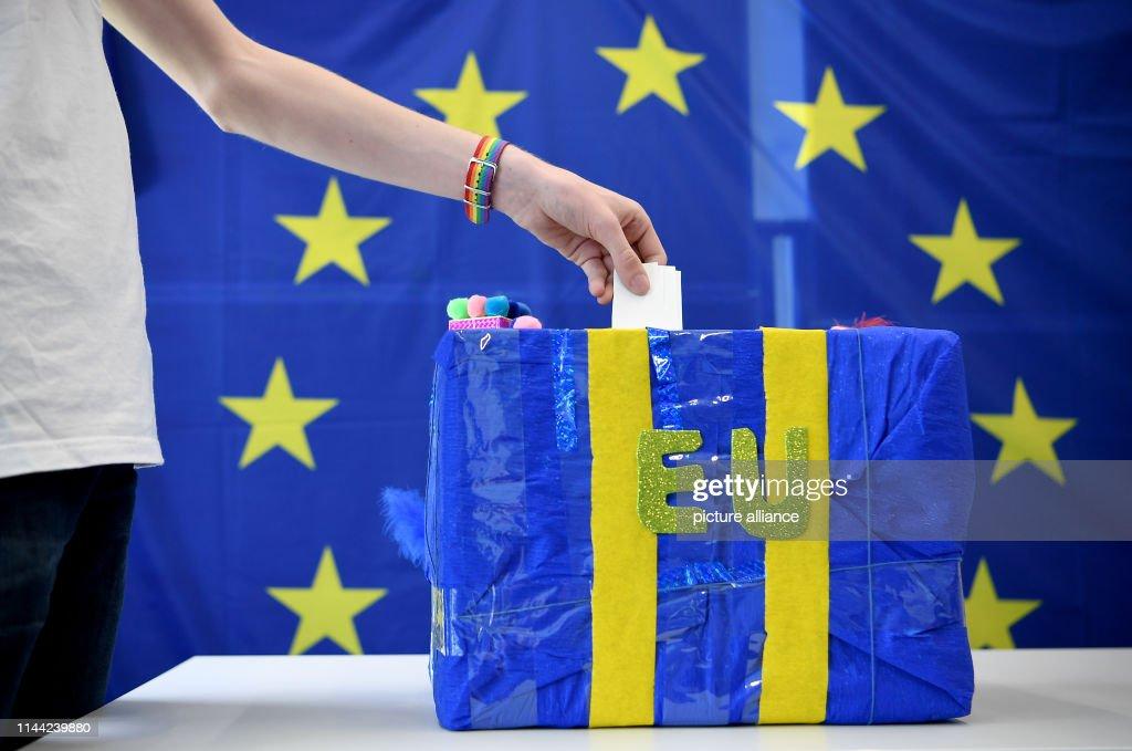 DEU: U18 European Elections in Berlin