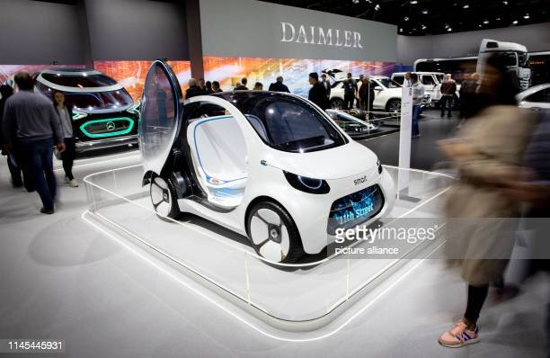 At the beginning of the Daimler Annual General Meeting shareholders will take a look at a concept study of a Smart in the vehicle exhibition The...