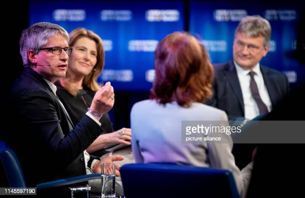 Katarina Barley Federal Minister of Justice and Consumer Protection and SPD top candidate for the European elections Sven Giegold top candidate of...