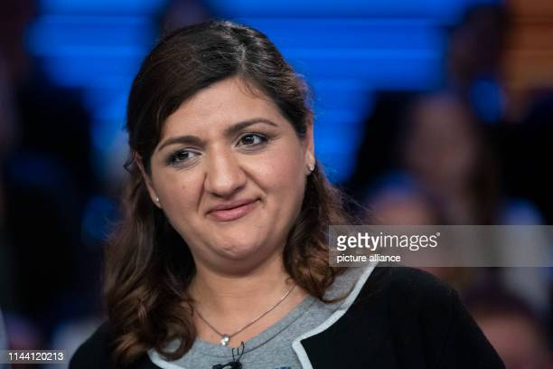 zlem Demirel top candidate Die Linke for the European elections in Germany in 2019 is on the verge of the exchange of blows in the ZDF capital studio...