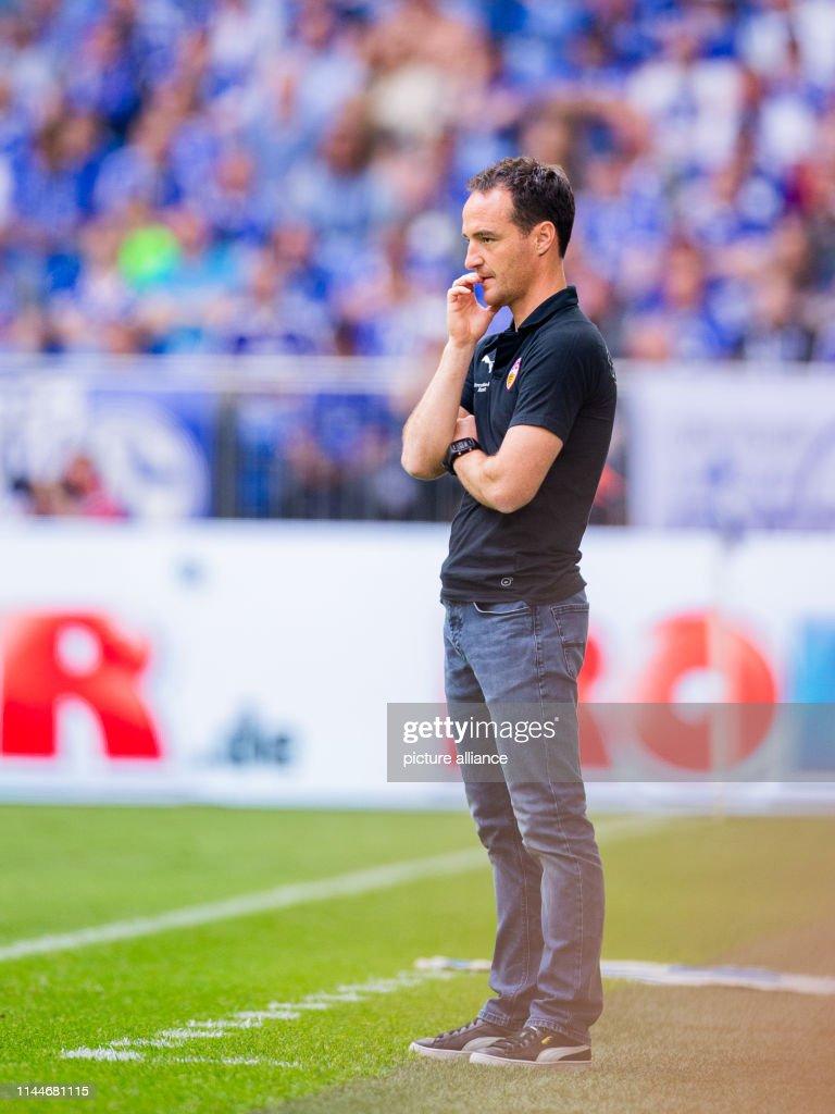 DEU: German Bundesliga FC Schalke 04 - VfB Stuttgart