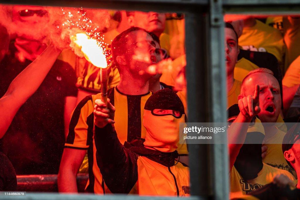 DEU: German Bundesliga Borussia Moenchengladbach - Borussia Dortmund