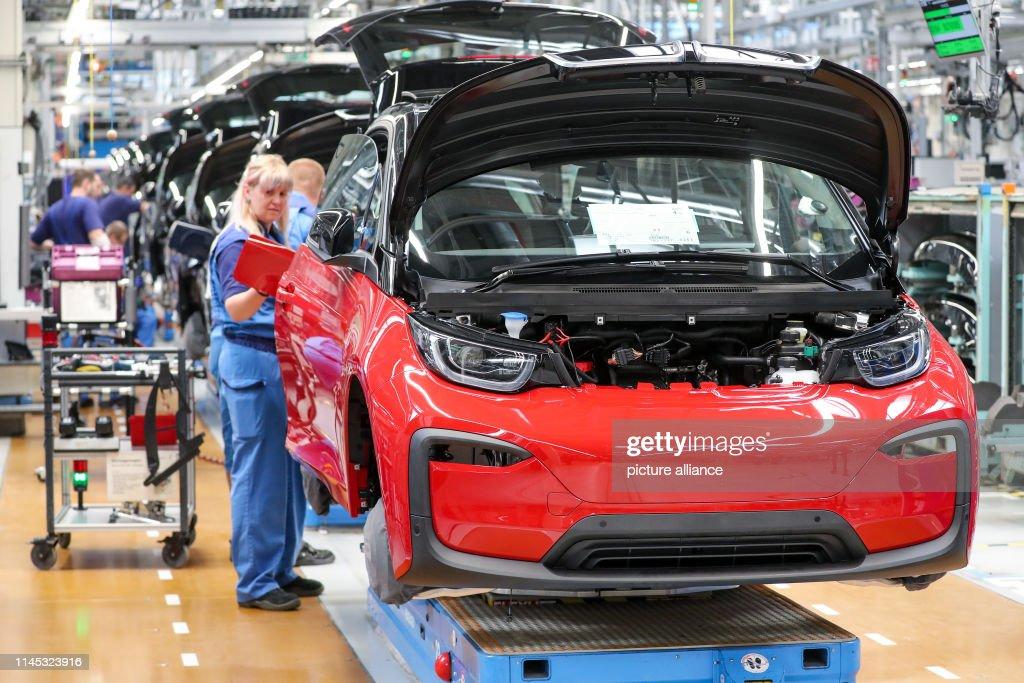 DEU: BMW - Production Electric Car i3