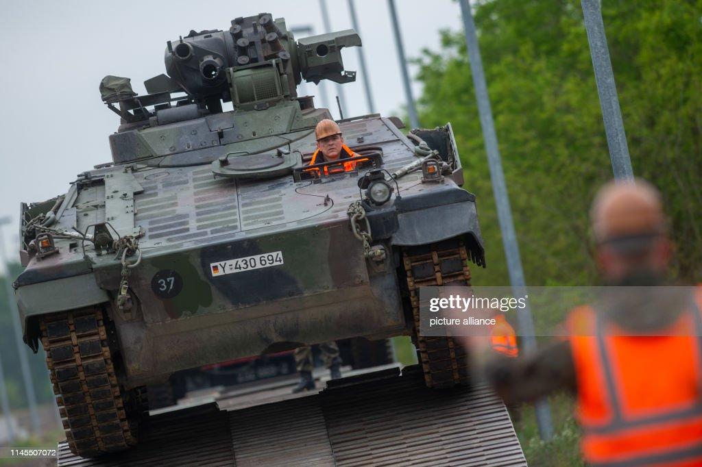 DEU: Logistics Battalion 171 Exercises In Jerichower Land