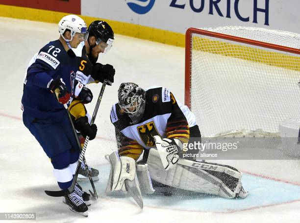 Ice hockey WM Germany France preliminary round group A 3rd matchday in the Steel Arena Germany's goalkeeper Niklas Treutle catches the puck after the...