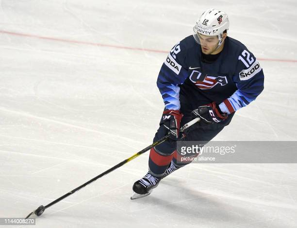 Ice hockey WM USA Great Britain preliminary round group A 4th matchday in the Steel Arena Alex Debrincat from the USA in action Photo Monika...