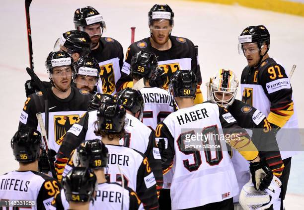 Ice hockey World Championship Denmark Germany preliminary round Group A 2nd matchday in the Steel Arena Germany's players are looking forward to a 12...