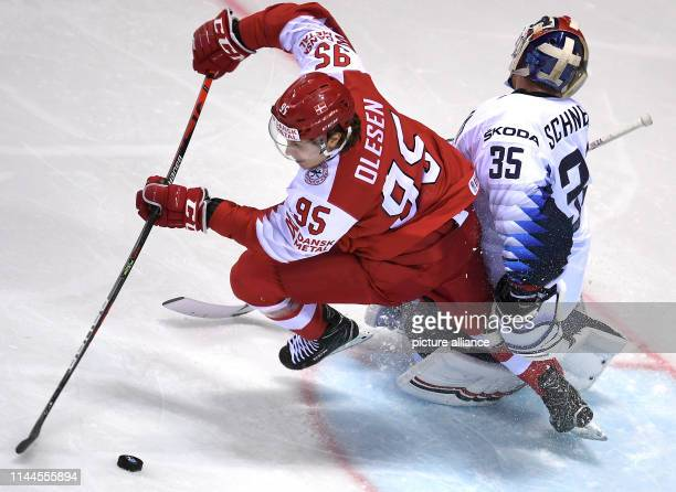 Ice hockey World Championship Denmark USA preliminary round Group A 5th matchday in the Steel Arena Denmark's Nick Olesen shoots the puck into the...