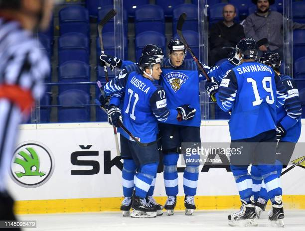 Ice hockey World Championship France Finland preliminary round Group A 6th matchday in the Steel Arena Finland's players cheer for the goal to 03...