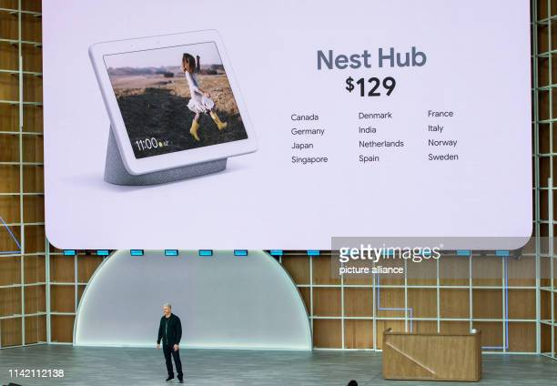 Google's hardware boss Rick Osterloh announces the market launch of the networked loudspeaker Nest Hub in Germany and other countries Photo Andrej...