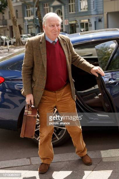 Alexander Gauland, one of the chairmen of the AfD parliamentary group and honorary chairman of the AfD, comes to a meeting of the party executive...