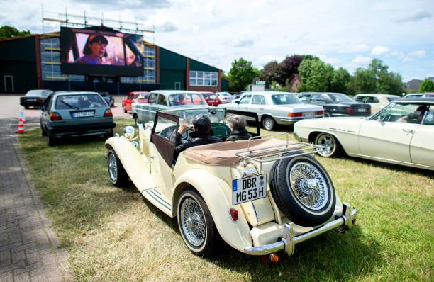 DEU: Drive-In Cinema For Classic Car Fans