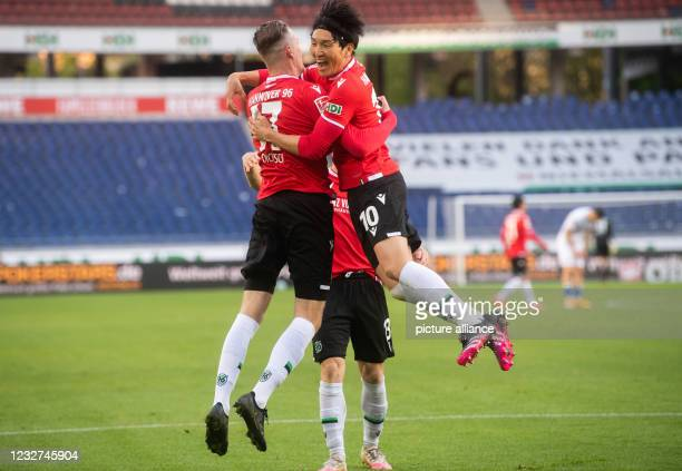 May 2021, Lower Saxony, Hanover: Football: 2nd Bundesliga, Matchday 32 Hannover 96 - SV Darmstadt 98 at the HDI Arena. Hannover's Marvin Ducksch...