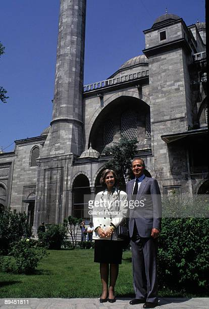 May 25 1993 Istanbul Turkey Official visit of the King of Spain Juan Carlos and Sofia to Turkey In the image Kings visiting the Suleymaniye Mosque