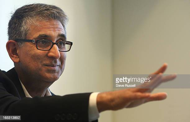 May 29, 2009 The new CEO of Rogers, Nadir Mohamed. He won the CEO's job following the death of Ted Rogers last year. In Toronto. Toronto Star/Steve...
