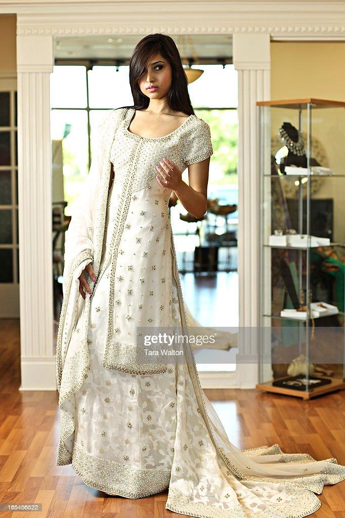 May 30, 2010-PAKISTANI WEDDING DRESSES- Pakistani bridal
