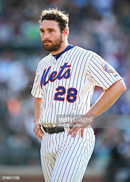 New York Mets Second baseman Daniel Murphy [7008] reacts after grounding out to end the 6th inning as he waits for his fielder's gear during the game...