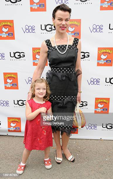 May 31 2009 Beverly Hills Ca Debi Mazar and daughter Giulia Isabel Mazar Corcos 3rd Annual Kidstock Music and Arts Festival Held at Greystone Mansion