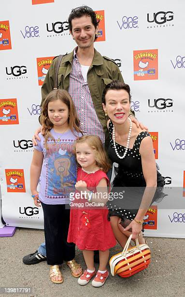 May 31 2009 Beverly Hills Ca Debi Mazar husband Gabriele Corcos daughter Evelyn Maria Mazar Corcos and daughter Giulia Isabel Mazar Corcos 3rd Annual...
