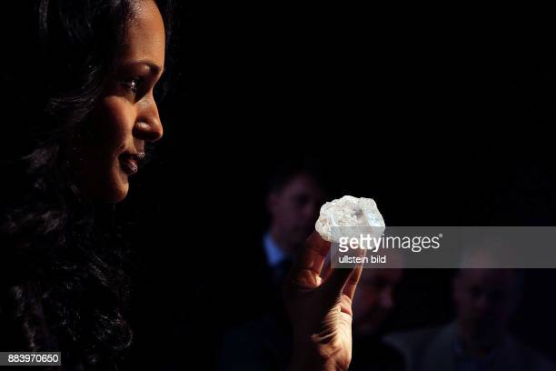 May 4 New York NY United State The largest Gemquality rough diamond discovered in over 100 years is going to auction at Sotherby's New York for the...