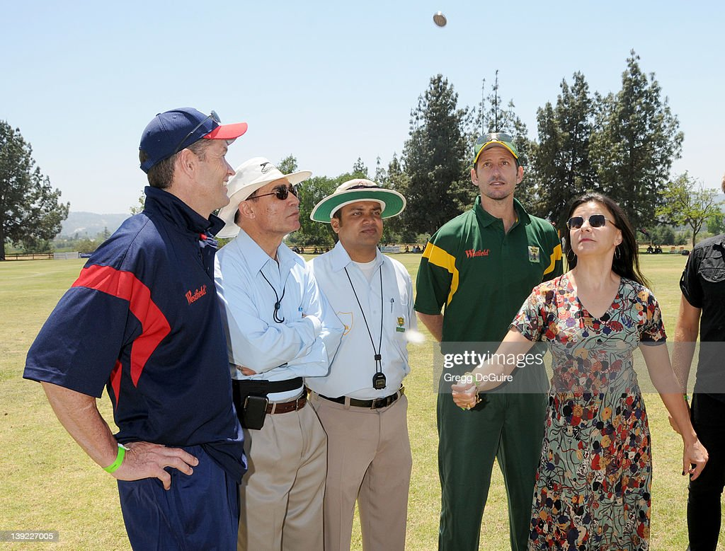 The Westfield Hollywood Ashes Cricket Match : News Photo