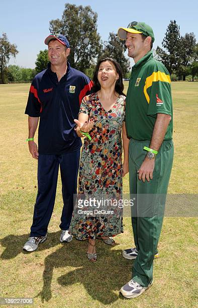 May 9 2009 Van Nuys Ca Graham Hick Michael Kasprowicz and Tracey Ullman The Westfield Hollywood Ashes Cricket Match Held at Woodley Park Cricket Field