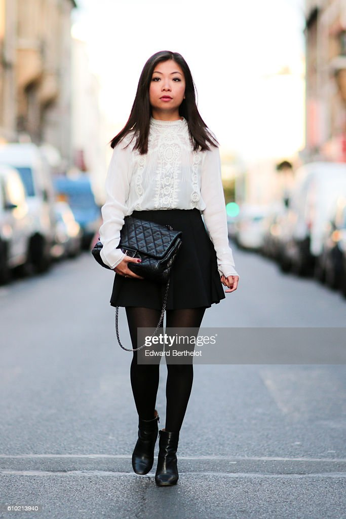 Street Style - Paris - September 2016 : ニュース写真