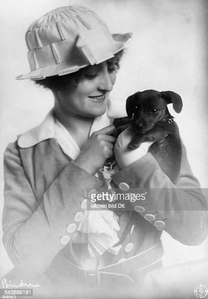 May Eva Actress Austria*02061884 nee Hermine Pfleger Photographer Atelier Binder 1920Vintage property of ullstein bild