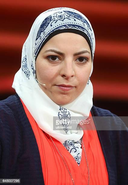 Maya Alkhechen in der ARDTalkshow GÜNTHER JAUCH am in BerlinThema der Sendung Das Flüchtlingsdrama Was ist unsere Pflicht