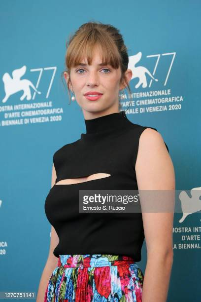 """Maya Hawke attends the photocall of the movie """"Mainstream"""" at the 77th Venice Film Festival on September 05, 2020 in Venice, Italy."""
