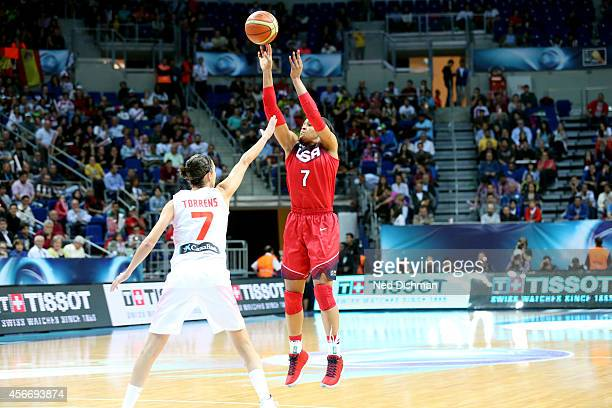 Maya Moore of the Women's Senior US National Team shoots against Spain during the finals of the 2014 FIBA World Championships on October 5 2014 in...
