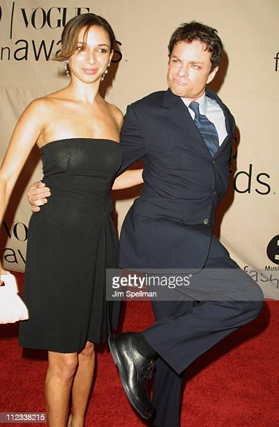 Maya Rudolph and Chris Kattan during The 2001 VH1/Vogue Fashion Awards Arrivals at The Hammerstein Ballroom in New York City New York United States