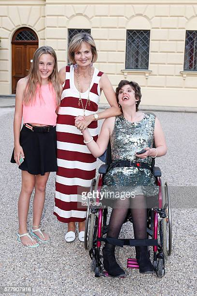 Maya von SchoenburgGlauchau with her daughters Carlotta Hipp and Pilar von SchoenburgGlauchau attend the Sarah Connor Concert during the Thurn Taxis...