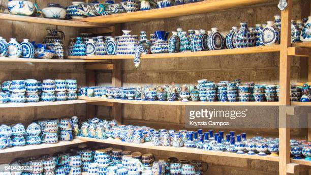 mayan ceramic stall in guatemala - pueblo built structure stock photos and pictures