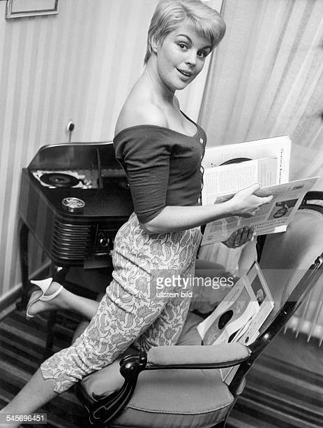 Maybach Christiane *Actress voice actor GermanyPortrait 1958