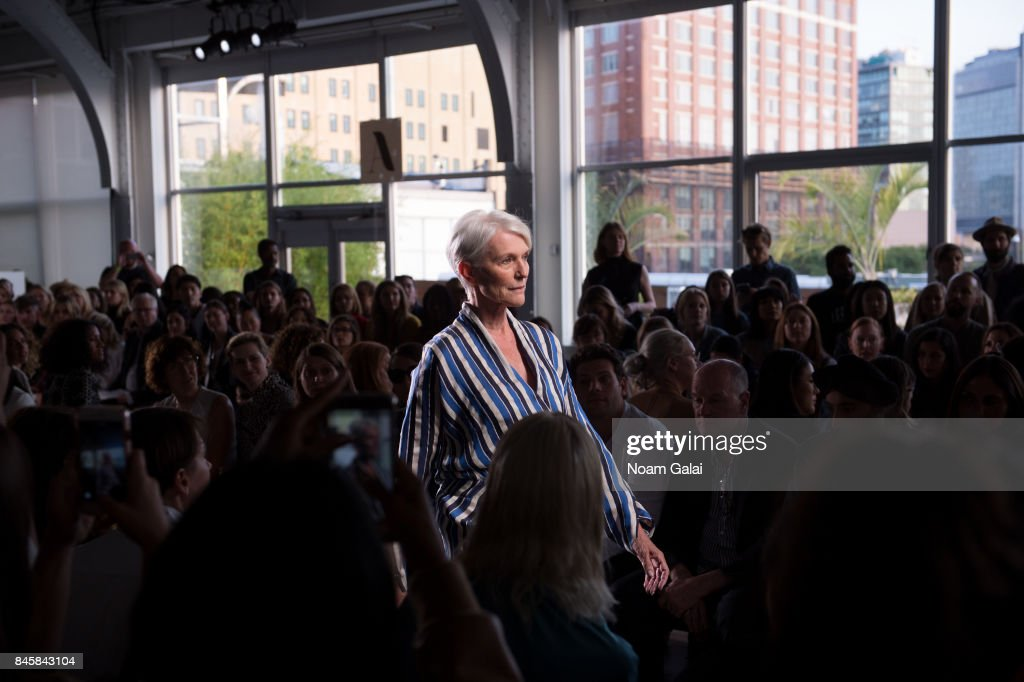 Zero + Maria Cornejo - Front Row - September 2017 - New York Fashion Week : News Photo