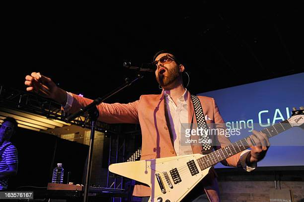 Mayer Hawthorne Pictures and Photos - Getty Images