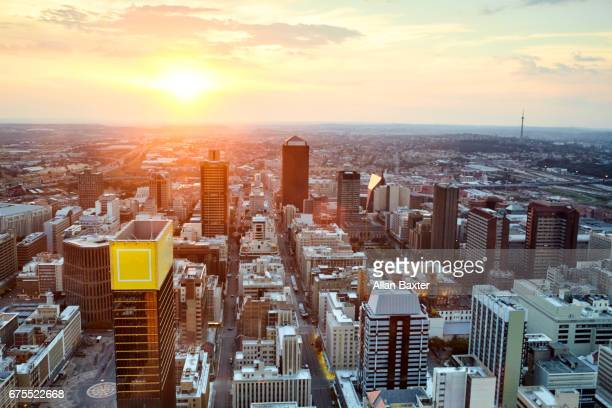 mayfair and selby districts of johannesburg city centre at sunset - ヨハネスブルグ ストックフォトと画像