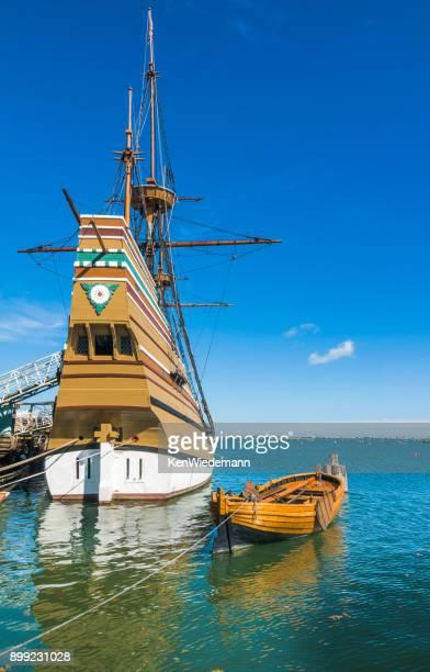 mayflower ii stern - plymouth massachusetts - fotografias e filmes do acervo