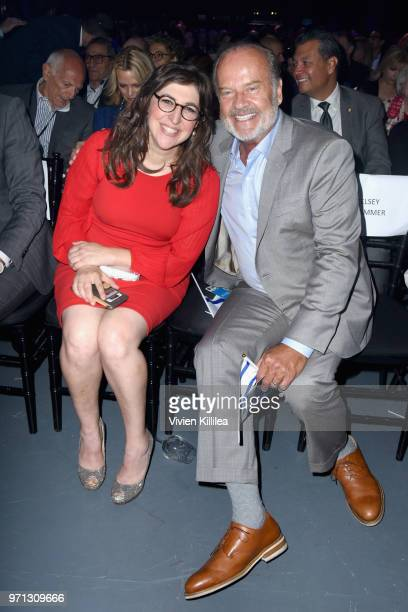 Mayim Bialik and Kelsey Grammer attend the 70th Anniversary of Israel celebration in Los Angeles on Sunday June 10 2018