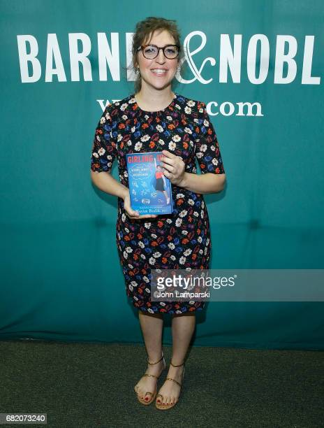 Mayim Bialik signs copies of her new book 'Girling Up How To Be Strong Smart And Spectacular' at Barnes Noble Union Square on May 11 2017 in New York...