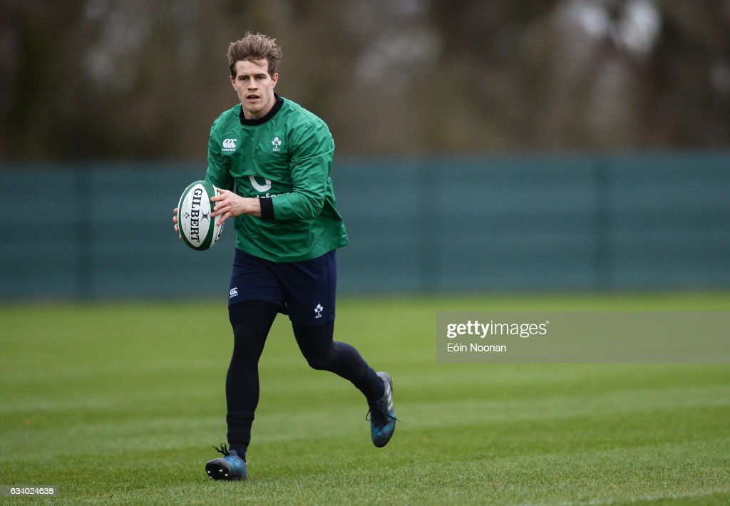 Ireland Rugby Press Conference and Squad Training : News Photo