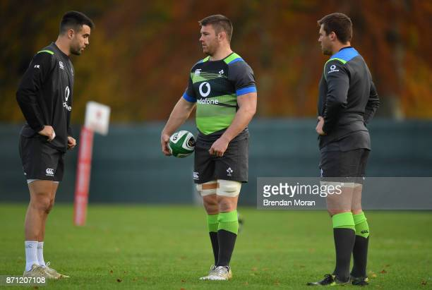 Maynooth Ireland 7 November 2017 Sean O'Brien with Conor Murray left and CJ Stander right during Ireland rugby squad training at Carton House in...
